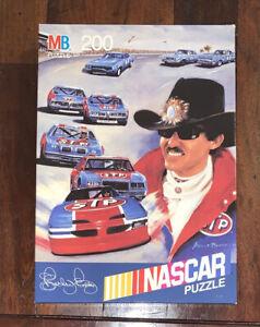 1991 Richard Petty STP NASCAR Puzzle Milton Bradley 200 pieces~BRAND NEW Vintage
