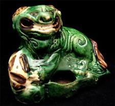 C19th Verde Cinese ceramica smaltata Leone con un pennello a sfera lavatrice.