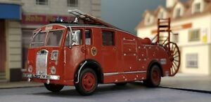 Dennis F Series F12 Fire Tender Suffolk Brigade Engine Model 1:76 OO 1:72 Oxford