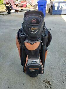 1 Used Hooters Golf bag