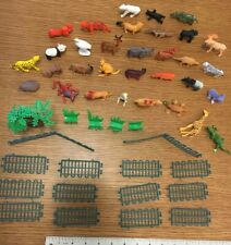 Bag of Wild animal kingdom Figures Model Toys New Plastic 53 pieces, zoo animals
