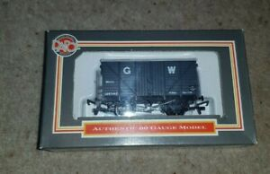 OO Gauge Dapol B146 GWR 12 Ton Mogo Van Grey wagon boxed