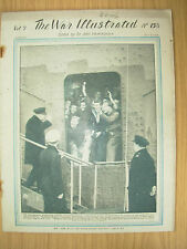WAR ILLUSTRATED MAG No 158 JULY 9th 1943 CHURCHILL GIVES THE V-SIGN TO CREW