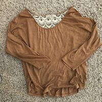 altar'd state medium Brown Blouse With White Lace. Preowned.