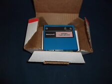 HONEYWELL R7852A 1001 INFRARED AMPLIFIER USED WITH C7915 ONLY
