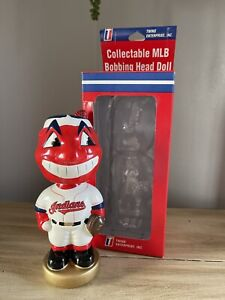 CHIEF WAHOO Cleveland Indians TEI EXCLUSIVE Hand Painted Nodder Bobblehead NIB!