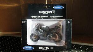 NEW Welly 12822 TRIUMPH 675 DAYTONA Motorcycle Diecast Metal  Plastic parts 1:18