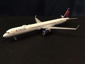 gemini jets 1:400 delta 757-300
