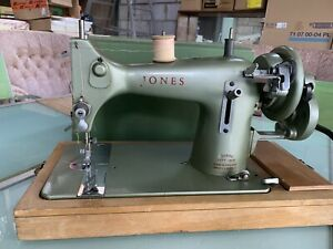 Jones Hand Powered Sewing Machine Model E Green For Spares Or Repairs