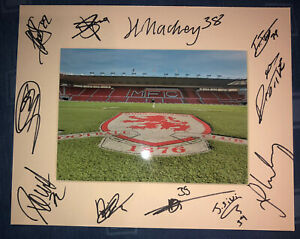 Middlesbrough FC Boro 21/22 HAND SIGNED 10x8 MOUNT DISPLAY Signed By 12 Player