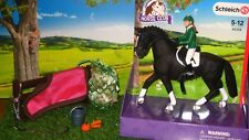 NEW Schleich Pony Horse Club Show Jumper Set 42358a Hay Net Rug Halter - Stable