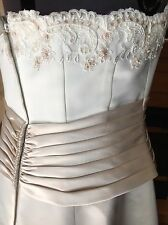Gorgeous Davids Bridal Strapless Ivory/Champagne Wedding Gown Size 12-14