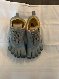 Vibram W356 KSO BIkila Size 37 Blue/Gray