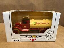 Ertl 1931 Hawkeye Die Cast Tanker coin bank 1:34 Publix Dairy dairi-fresh truck