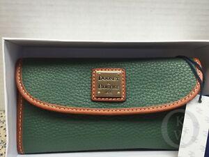NWT*Dooney & Bourke Leather*SAGE* Green*Continental Clutch Wallet*16008G S166