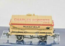 Bachmann Collectors Club  37-650K, 14 Ton Tanker Wagon, Charles Roberts Wakefiel