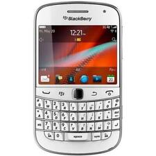 BlackBerry Bold 9900 - White (Unlocked) GSM 3G WiFi Qwerty Touch Smartphone