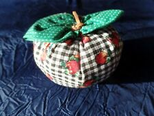 Apfel Zierkissen, Nadelkissen, Ø8x 6cm, neu