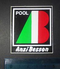 ADESIVO -STICKER -AUTOCOLLANT - ANZI BESSON -  ANNI '80 - VINTAGE - 5,5x5cm