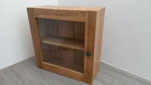 ~~~FANTASTIC PRICE~~~👌  Small Wall Hung Cabinet in Solid Oak and Glass