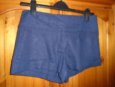 Atmosphere Patternless Tailored Shorts for Women