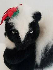 """Applause Touch of Holly Skunk Plush 10"""" (1988) Stuffed Animal"""