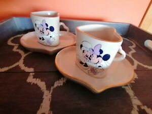 The Disney Store Heart Shaped Espresso Wedding Mickey & Minnie Pair Cup & Sauce