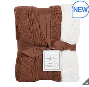 Life Comfort Cable Knit Reversible Throw Luxury Fleece Warm Blanket in Sequioia