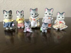 Calico Critters Sylvanian Family Fisher Grey Cat Family + 3 Kids