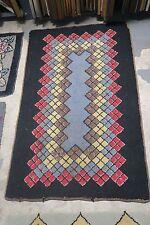 Primitive Antique American Hand Hooked Rug Wool on Burlap  2'6 x 4' Argyle