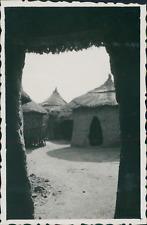 Burkina Faso, Bili Bambili, intérieur de tata mossi Vintage silver printPhotog