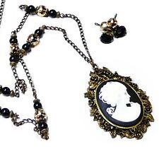 Cameo Black and White vintage style pearls long necklace and earrings set