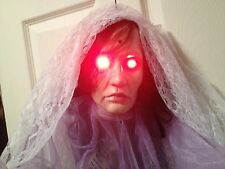 ANIMATED DONNA of the DEAD GEMMY Head Moaning Light up RED HAUNTED HOUSE Prop