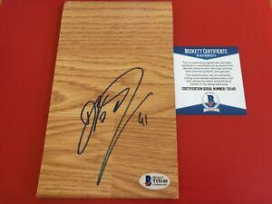 Dirk Nowitzki Mavericks HOF Signed 4.5 x 7.5 Floor Board Beckett BAS COA