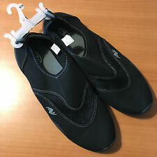 MENS SHOES SIZE 9/10 ATHLETIC WORKS LAKE