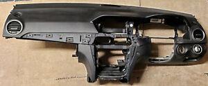 MERCEDES C CLASS W204 FACELIFT BLACK DASHBOARD PASSENGER AND KNEE AIRBG