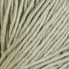 Filati di cotone beige per hobby creativi