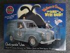 Airfix Wallace & Gromit Curse of the Were-Rabbit Anti-Pesto Austin Van Model Kit