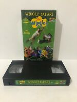 VHS VIDEO WIGGLY SAFARI - THE WIGGLES (ORIGINAL GROUP) WITH STEVE IRWIN