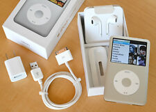 Apple iPod 7th Generation A1238 160GB Silver Classic Bundle