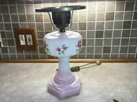"""Vintage 13""""PLASTIC Pink And White Hurricane Electric Table Lamp Floral Design"""