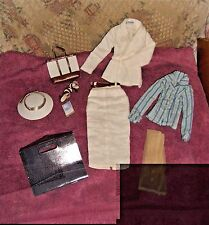 """EXCELLENT TYLER WENTWORTH""""BEVERLY HILLS CHIC""""COMPLETE OUTFIT-16"""" DOLLS-NO BOX-"""