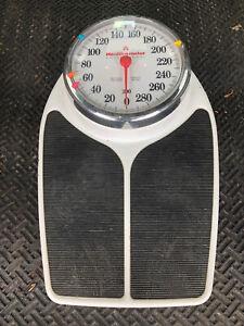 Vintage HEALTH-O-METER Professional Scale Model Big Foot 300 LBS