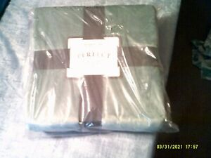 """BERKSHIRE PERFECT TOUCH THROW   50"""" X 70"""""""