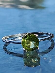 Peridot Round Cut Solitaire Ring 10kt Solid White Gold