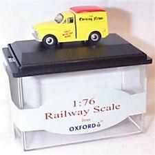 Oxford 76MM049 Morris Minor Van Evening News 1:76 Scale OO Railway