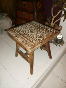 SMALL HAND CARVED MANGO WOOD KASBAH STYLE STOOL 25CM