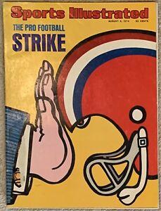 8.5.1974 NFL STRIKE Sports Illustrated VINTAGE PORSCHE 911 Ad. Label Removed