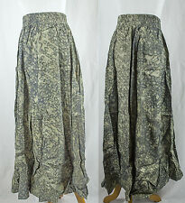 Vintage Batik Rayon Stretch Green Skirt!! Size L