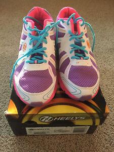 Barely Used! Heelys Dash Girls Skate Shoes Sz 6 Purple/Pink/White - Fast Ship!